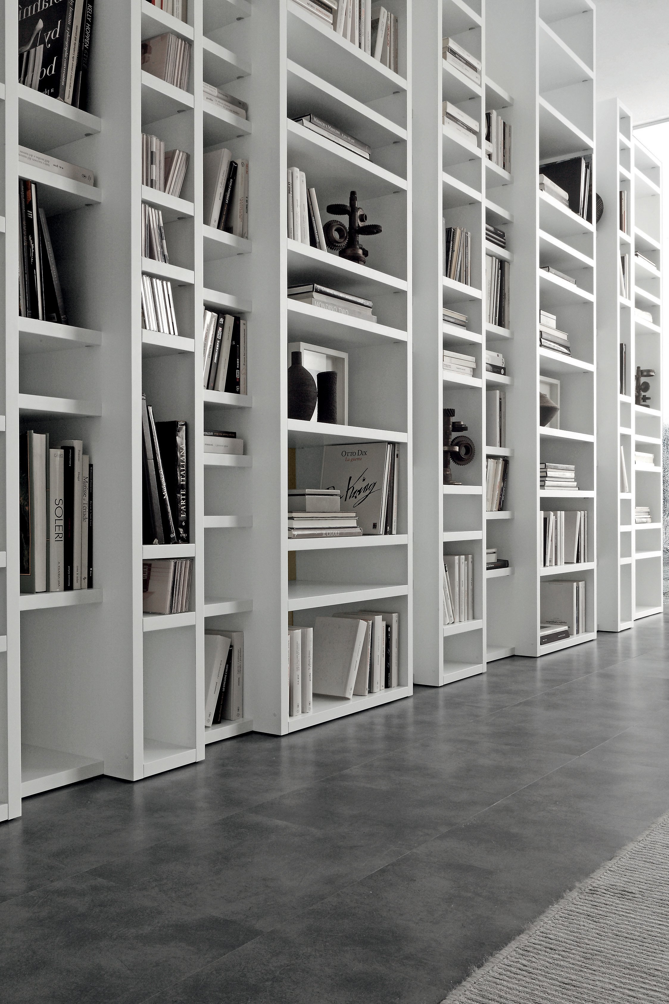 Libreria villadisesto for Librerie design outlet